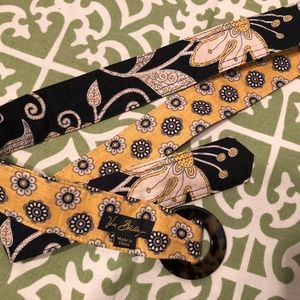 Vera Bradley Yellow Bird (retired 2009) Belt
